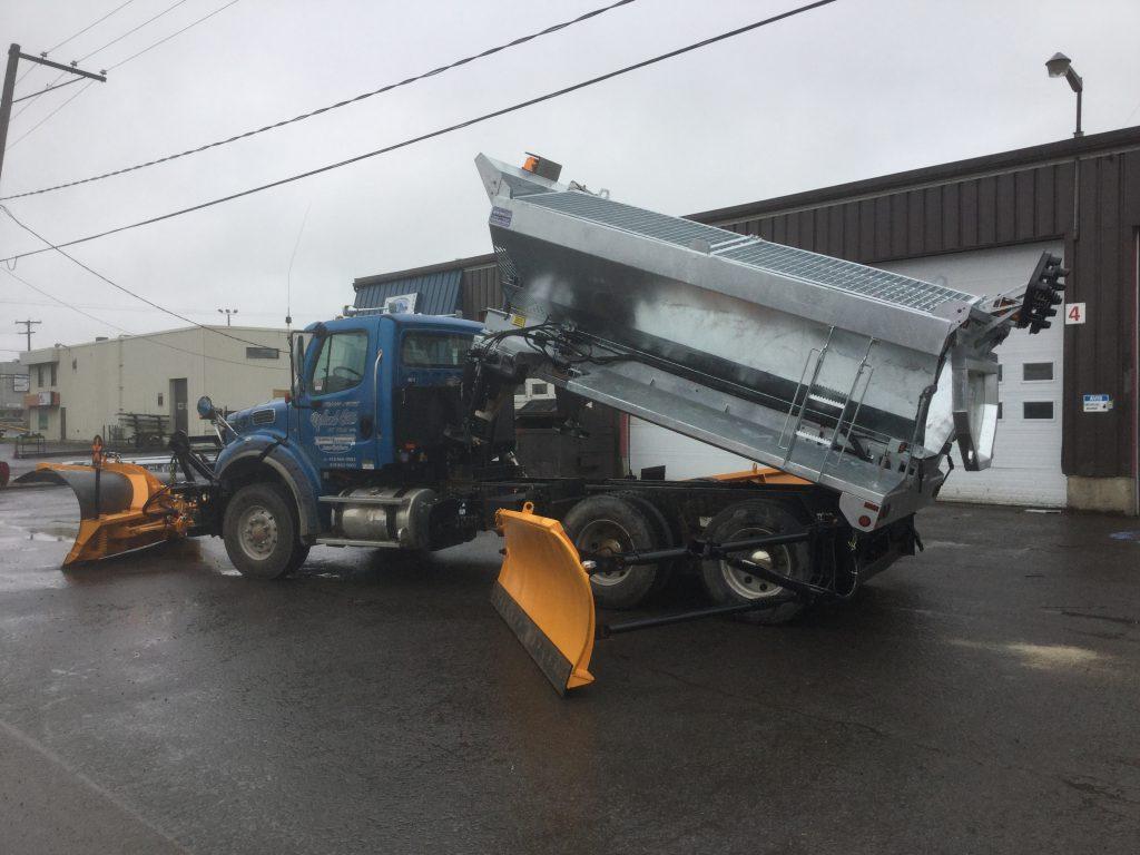 Épandeur de sel galvanisé  pour camion  déneigement / déglaçage